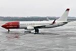 Norwegian, LN-NGR, Boeing 737-8JP (16456629845) (2).jpg