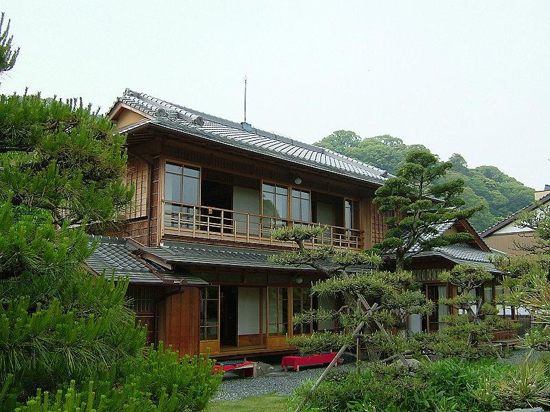 maison japonaise en france maison japonaise pour jardin. Black Bedroom Furniture Sets. Home Design Ideas