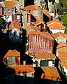 Old Town Houses in Porto (38089515502).jpg