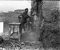 Opblazen bunkers Museumplein. Aanbrengen springstof, Bestanddeelnr 905-5024.jpg