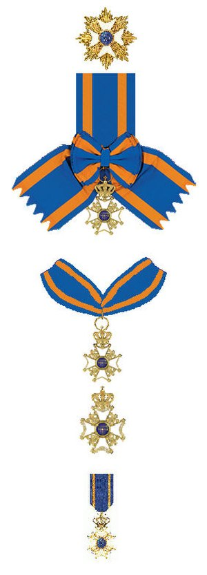 Order of the Netherlands Lion - The insignia of the Order (from top to down): breast star and badge on sash for the Grand Cross rank, badge suspended on necklet together with breast badge for the Commander rank, and badge on a ribbon for the Knight rank.