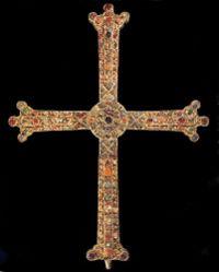 Oviedo croix Victoire.jpg