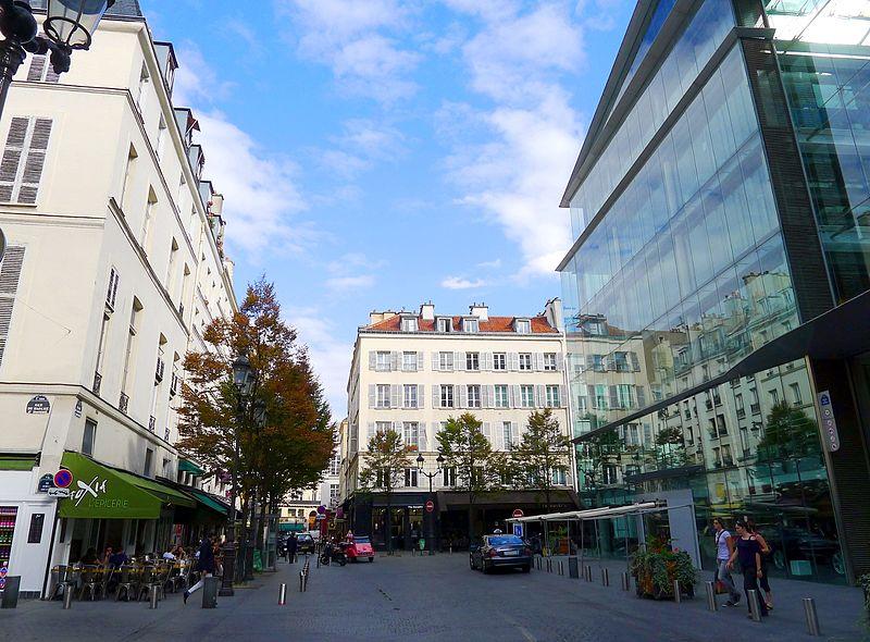 Fichier:P1040427 Paris Ier place du Marché-Saint-Honoré rwk.JPG