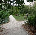 P1280138 Paris IV Jardin des Rosiers rwk.jpg