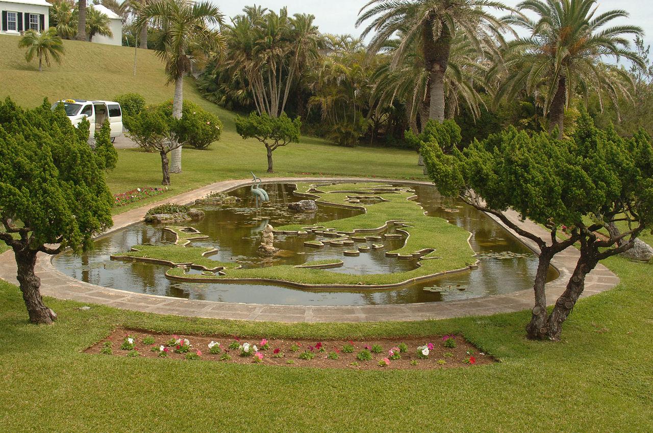 File palm grove gardens devonshire parish for The devonshire