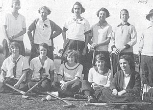 Club Atlético Ferrocarril General San Martín - Pacific women's field hockey team in 1925.