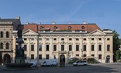Palais Harrach.jpg