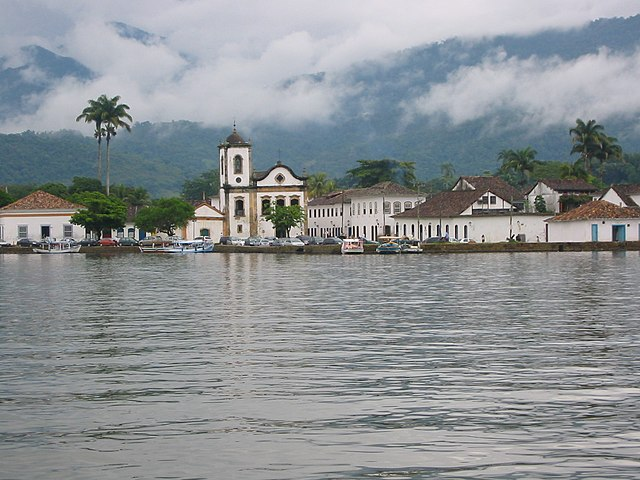 Paraty By Lampiao3 (Own work) [Public domain], via Wikimedia Commons