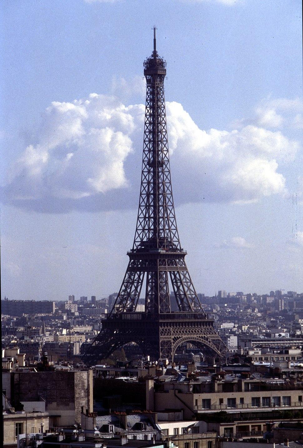 Paris-Tour Eiffel-082-Vom Arc de Triomphe-1991-gje