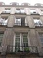 Paris - 15 rue Dussoubs - facade contre-plongée.jpg