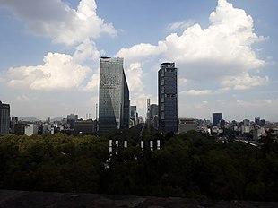 Paseo de la Reforma y Chapultepec.jpg
