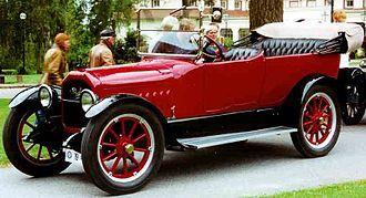 Peerless Motor Company - Image: Peerless Model 56 7 Passenger Touring 1917