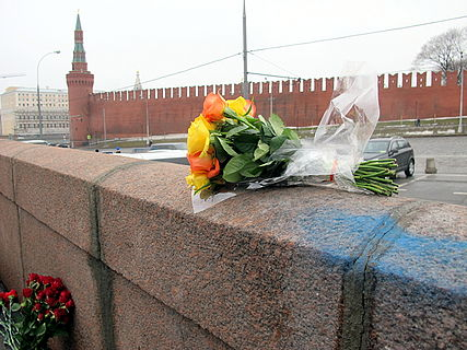 People came to the side of Boris Nemtsov's murder (2015-02-28; 41).JPG