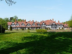 Petwood Hotel, Woodhall Spa - geograph.org.uk - 816095