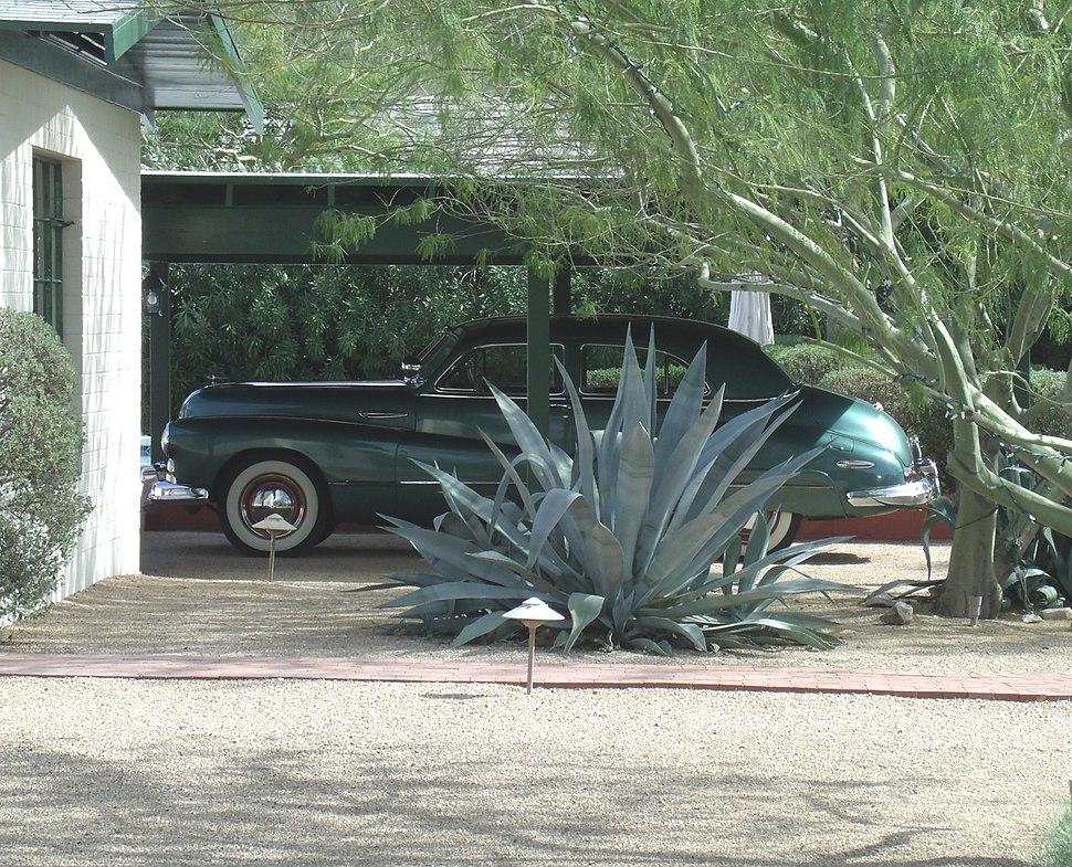 Phoenix-L. Ron Hubbart House-Buick Super 8