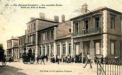 Pia - Mairie écoles poste (CP Brun).jpg