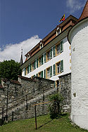 Picswiss BE-97-07 Le Château de Moutier (Préfecture et le Tribunal de district).jpg