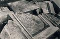 Pierres tombales abandonnées cimetière de Chilvert Poitiers.jpg