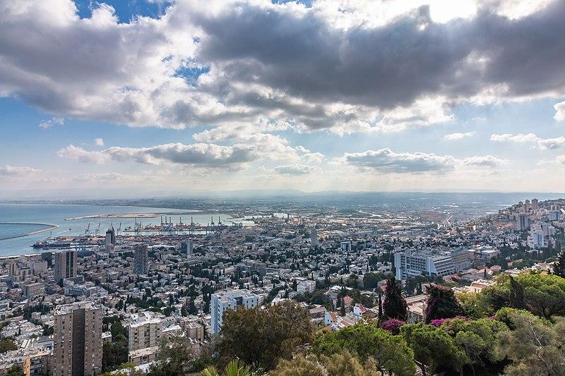 נוף פנורמי של חיפה