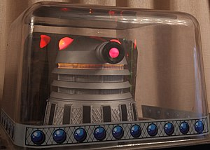 Doctor Who (pinball) - Dalek on top of backbox