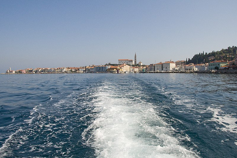 Payl:Piran from the sea.JPG