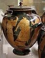 Pittore della nascita di atena, stamnos con scena di inseguimento, 460-450 ac. ca., dalla tomba dei vasi greci alla banditaccia 03.jpg