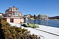 Poertschach Johannes-Brahms-Promenade Hausboot und Parkhotel 01032013 701.jpg