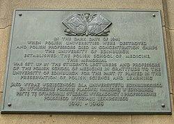 Photo of Norah Cooke-Hurle bronze plaque