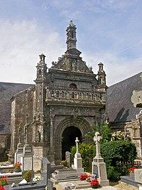 Porche de l'église-TREMAOUEZAN.jpg