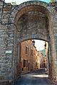Porte de Cadène, Alet-les-Bains.jpg