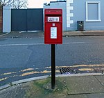 Post box on Russell Road.jpg