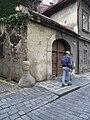 Praha, Stare mesto - Liliova 7 (patnik na rohu se Zlatou).jpg