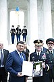 Prime minister of Ukraine lays a wreath at the Tomb of the Unknown Soldier (27083337744).jpg