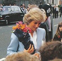 La principessa Diana in visita a Bristol nel maggio 1987