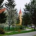 Radošina-kostol Najsv Trojice 1644-veža 1663.jpg