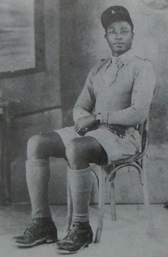 Raphaël Onana - Raphaël Onana in the Military uniform of the Free French Forces.