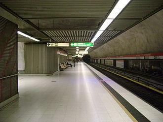 Central railway station metro station (Helsinki) - Image: Rautatientorin metroasema