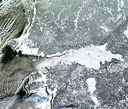 Record sea ice in Gulf of Finland 2003c.jpg