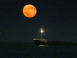 lune-rousse