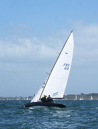 Hai (keelboat) - French Requin. Note the aluminium mast.