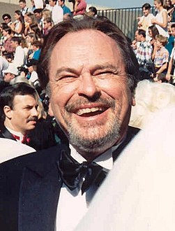 Rip Torn at the 46th Emmy Awards headcrop.jpg