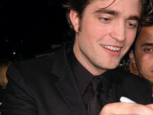 Robert Pattinson Wikipedia on Robert Pattinson   Wikipedia  A Enciclopedia Libre