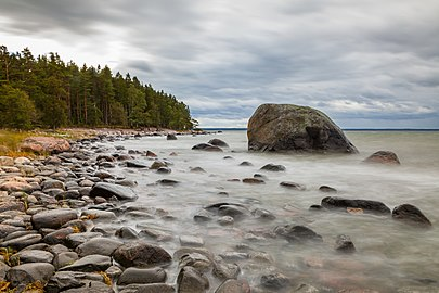 Rocky shore of Baltics.jpg