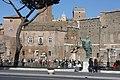 Rom, die Nerva-Statue.JPG
