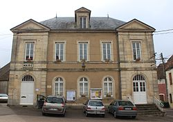 Rouvray - Mairie.JPG