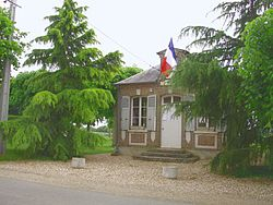 Rouvray mairie.jpg