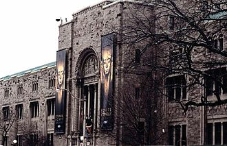 Royal Ontario Museum - The original building was designed in a Romanesque Revival style, punctuated by rounded and segmented arched windows with heavy surrounds and hood mouldings.