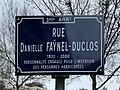 Rue Danielle-Faÿnel-Duclos - plaque de rue.jpg