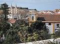 Sé de Angra vista do Jardim Duque da Terceira com Fortaleza de São João Baptista em fundo.jpg