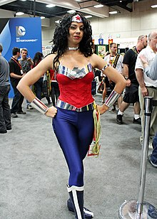 SDCC 2014 - New 52 Wonder Woman (7737407704).jpg